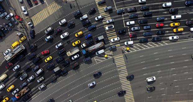 ЦОДД просит водителей выбирать пути объезда из-за подготовки благоустройства Москвы