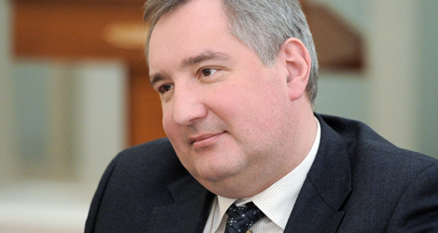 Рогозин доложил Медведеву о вводе новых соцобъектов для работников космодрома Восточный