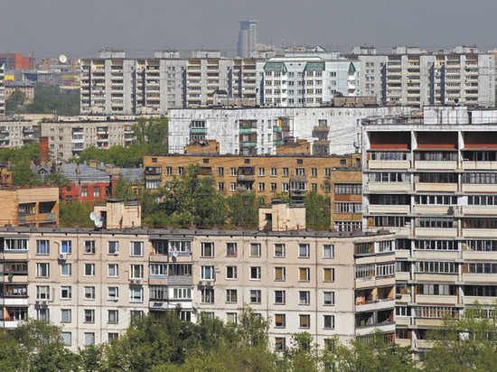 Четыре плюса и четыре минуса покупки жилья в сносимой пятиэтажке
